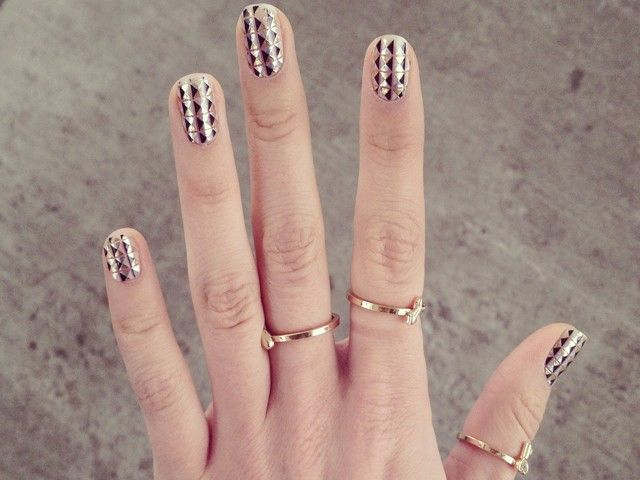 The 10 Best Mirrored Nails