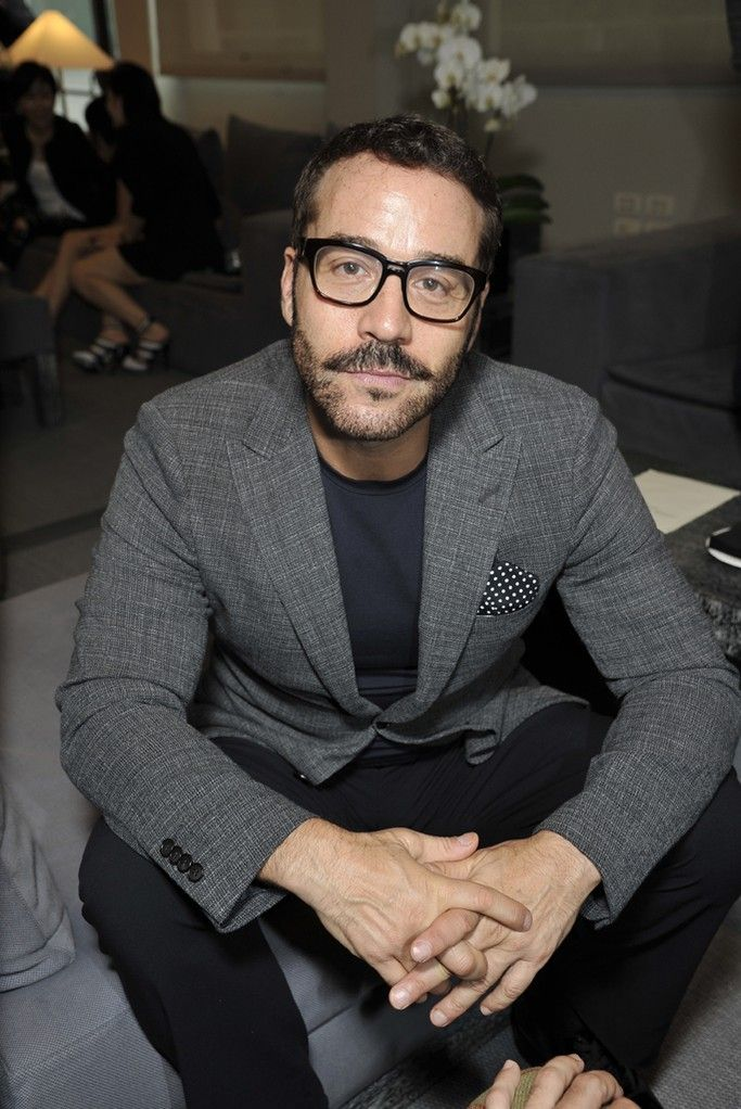 Jeremy Piven-- one of my many fictive husbands