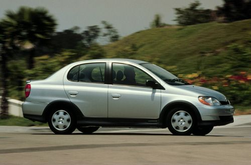 2000 Toyota Echo, this is the car I'm looking to buy! A family friend is selling and I'm looking for my first car! Seem pretty nice! Excited :)