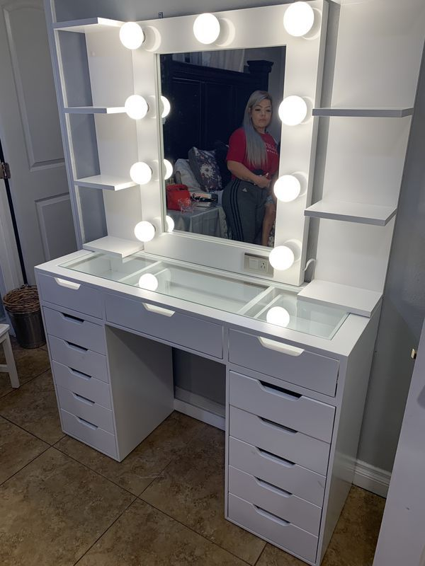 New Makeup Vanity Dresser With Hollywood Mirror Not Impressions