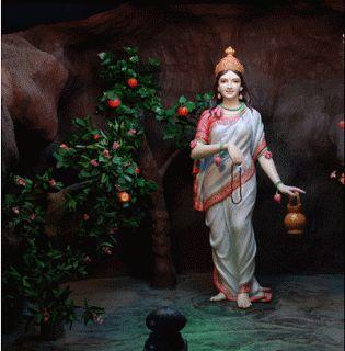 History of #Brahmacharini - Second form of #Navdurga. Read here https://goo.gl/l3nYYk
