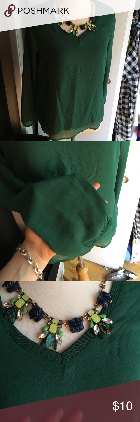 Nice green long sleeve top Lightweight but with lining, beautiful warm green mango top, perfect for any occasion Tops Blouses