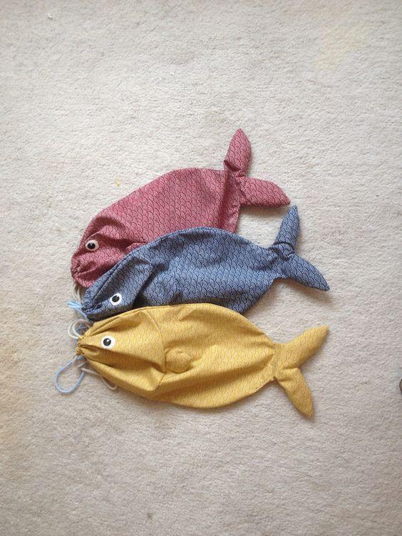 Lustiger Turnbeutel in Fischform, in mehreren Farben erhältlich/ funny gym bag in the shape of a fish made by rasselspielzeug via DaWanda.com