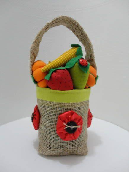 Peso de Porta em formato de cesta de frutas'