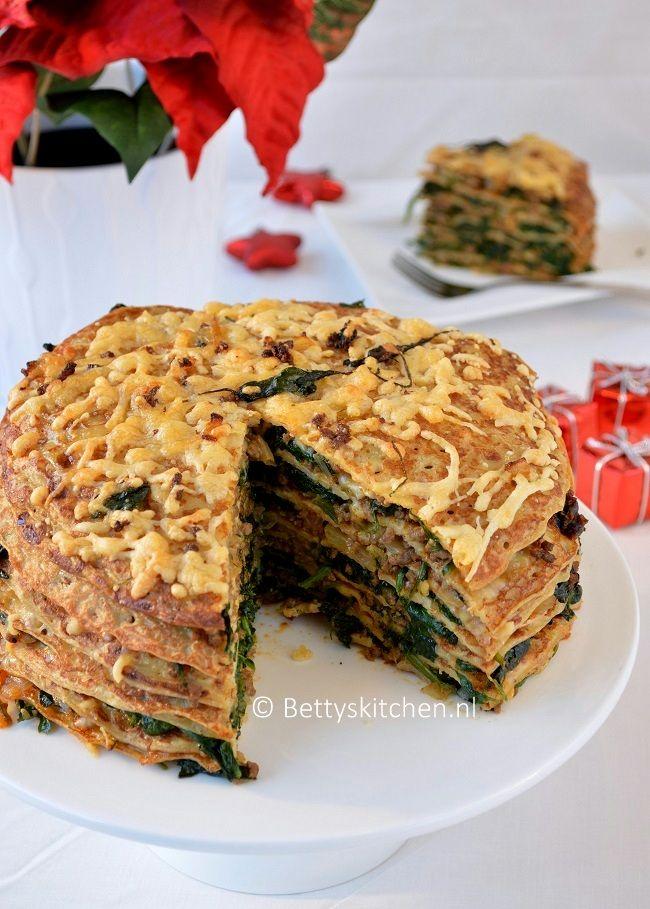 Pannenkoeken taart met spinazie en gehakt-003