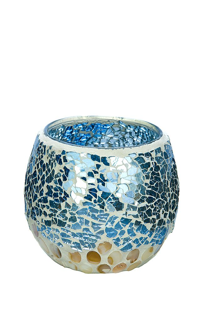 The lovely Blue and White Seashell Pearl mosaic in medium size, new to Natural Candle Supply. To see our entire range of mosaics, please click here: http://bit.ly/1zHtguh