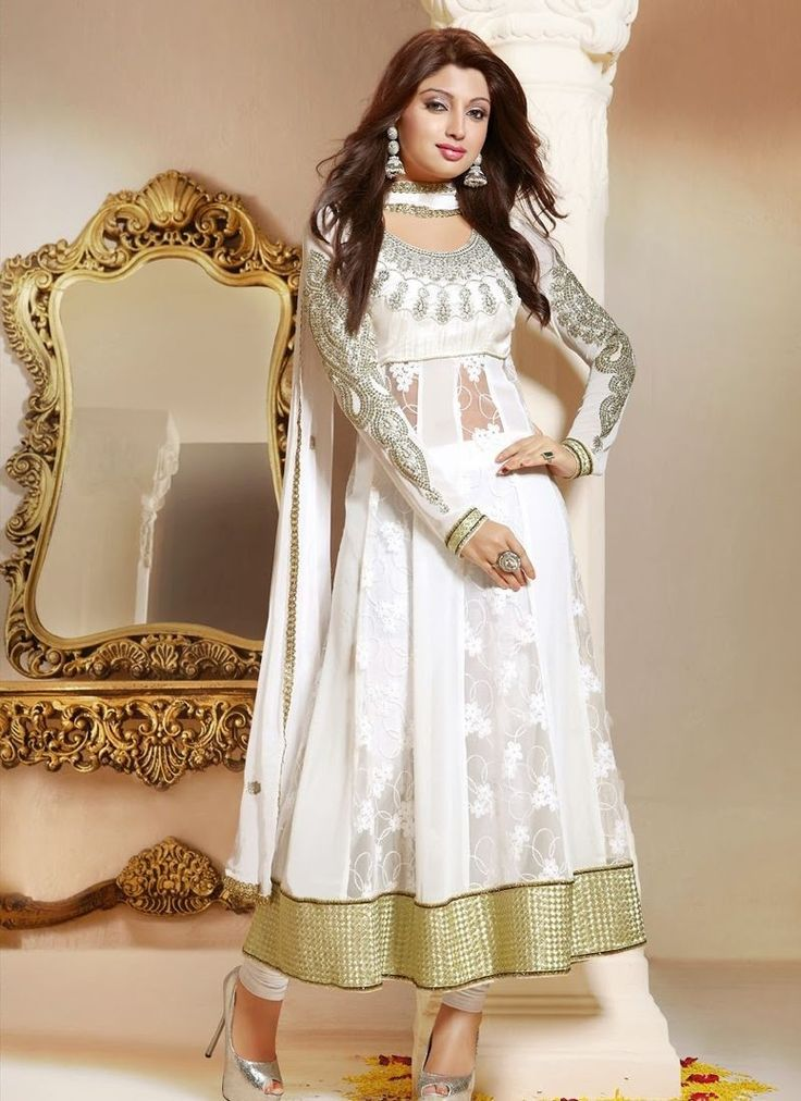 a white anarkali can make any one fall flat for you!!!