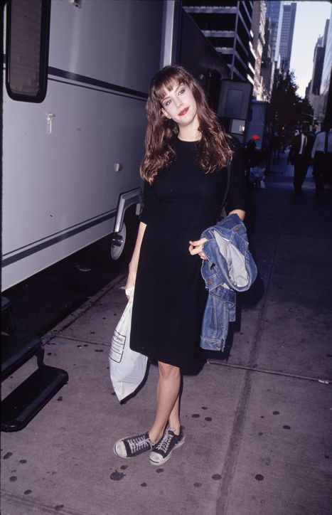 TBT: 6 Outfits Liv Tyler Wore in The '90s That You'll Want to Copy Right Now