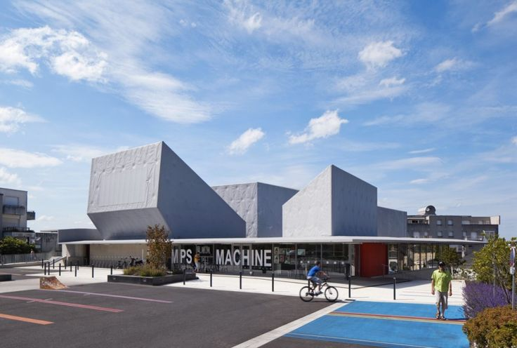 Youth center building design la temps machine best for Youth center architecture