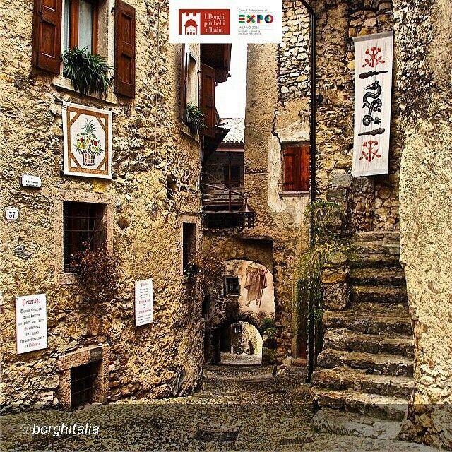 Location: #Tenno - Borgo di Canale (TN) Photo Credit: @alessia_b71 #borghitalia #borghipiubelli #Italia #Italy #charmingItaly #Expo2015 #Expo2015Milano #ExpoMilano2015 #ExpoMilan2015 #Expoidee #LagoDiGarda #VisitLagoDiGarda #LakeGarda #VisitLakeGarda #Gardasee #Gardameer #GardaLake #Gardasøen #Italy by @borghitalia