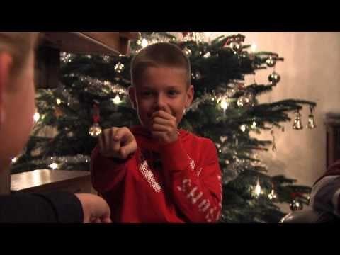 Opa Knoest, vertelt het Kerstverhaal 1