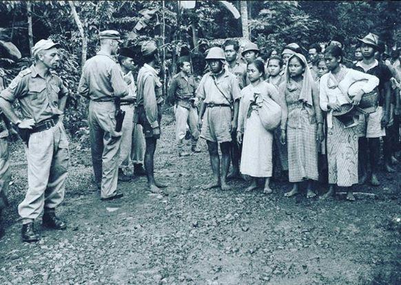 foto langka zaman penjajahan di indonesia © 2016 brilio.net