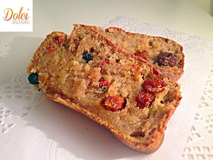 Il PLUMCAKE ALLO YOGURT SENZA BURRO CON FRUTTA DISIDRATATA è un dolce light perfetto per restare in forma con gusto! Un goloso #plumcake #senzaburro realizzato con #uogurt è farcito con tanta #frutta #disidratata Un vero concentrato di gusto e benessere! Ecco la #ricetta del #dolce http://www.dolcisenzaburro.it/recipe-items/plumcake-allo-yogurt-senza-burro-con-frutta-disidratata/ #dolcisenzaburro healthy anf light desserts sweets cakes
