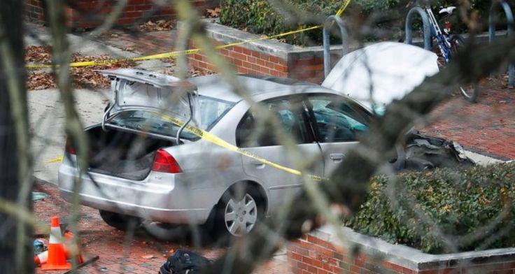 POR: Goal El terrorismo se sospecha está detrás delos ataques con coches y apuñalamientos ellunes por la mañana en la Universidad Estatal de Ohio en Columbus. Alrededor de las 9:30 de la mañana, …
