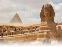Ausflug von Hurghada nach Kairo mit dem Flugzeug