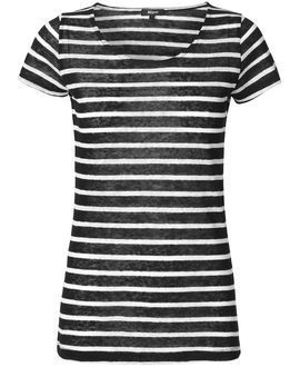 Striped tee from Magasin #magasindunord #strips #blackandwhite www.magasin.dk