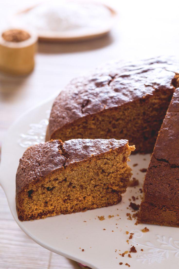 Gustate la #torta con #farina #integrale da sola o farcita con creme golose, per #colazione o a #merenda: in ogni caso rimarrete colpiti dalla sua semplice bontà! ( #wholemeal #flour #cake ) #Giallozafferano #recipe #ricetta #breakfast