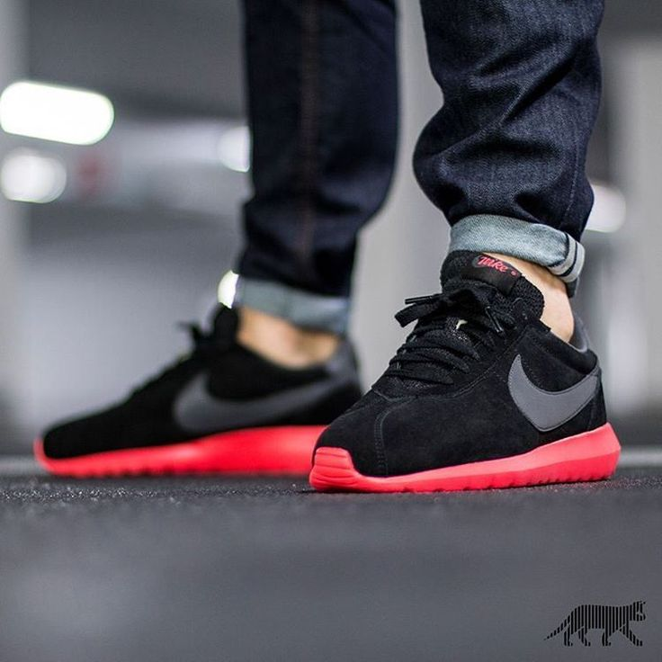 NIke Roshe LD-1000 Bred  Visit www.thesolesupplier.co.uk - the UK's number one source for sneaker news and release dates.  Remember to tag your photos with #thesolesupplier  #jordan #airjordan #airmax #airmaxalways #airforce #tierzero #quickstrike #roshe #trainerendor #nike #fragment #dsm #atmos #doverstreetmarket #nikelab #1948 #huarache #huaraches #jordan11 #jordan6 #jordan5 #airmax90 #presto #f4f #SneakerGram #Sneakers #FeetHeat #IGSneakerCommunity