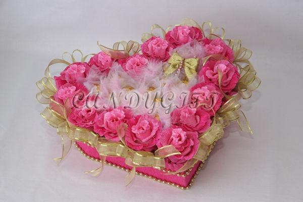 Подарки на свадьбу ручной работы. Ярмарка Мастеров - ручная работа Букет из конфет Одно сердце на двоих. Handmade.