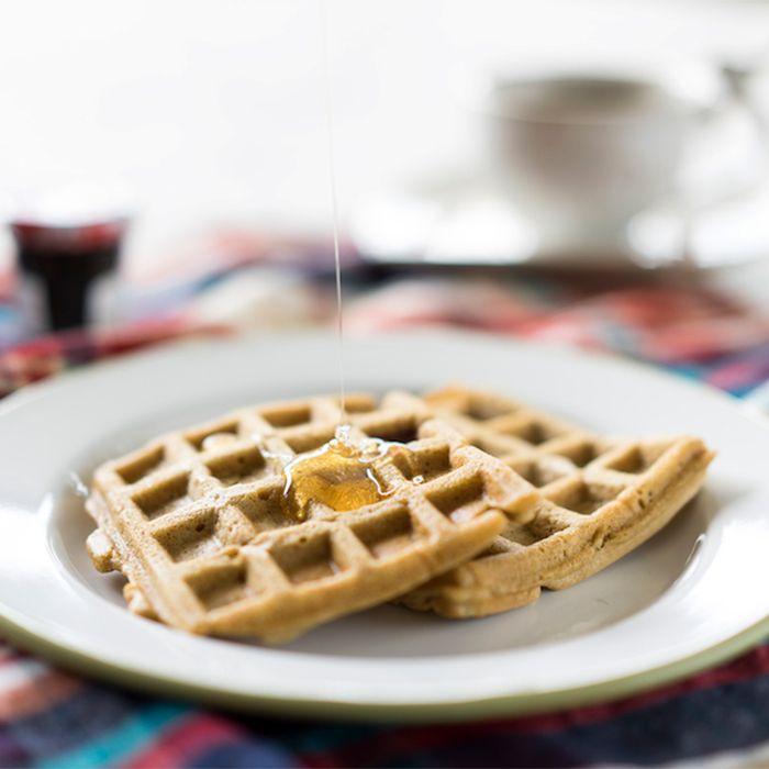 Tam buğday unlu, sütsüz, rafine şekersiz waffle