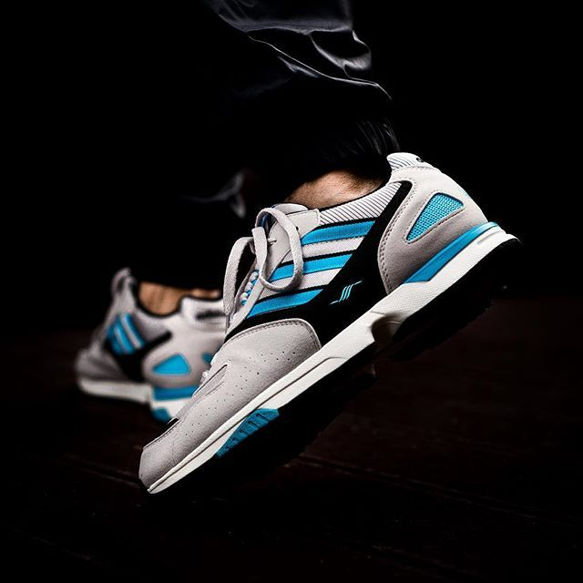 f8b904a87 ADIDAS CONSORTIUM ZX 4000 OG release 08 Dicembre H00.01 in store online   sneakers76