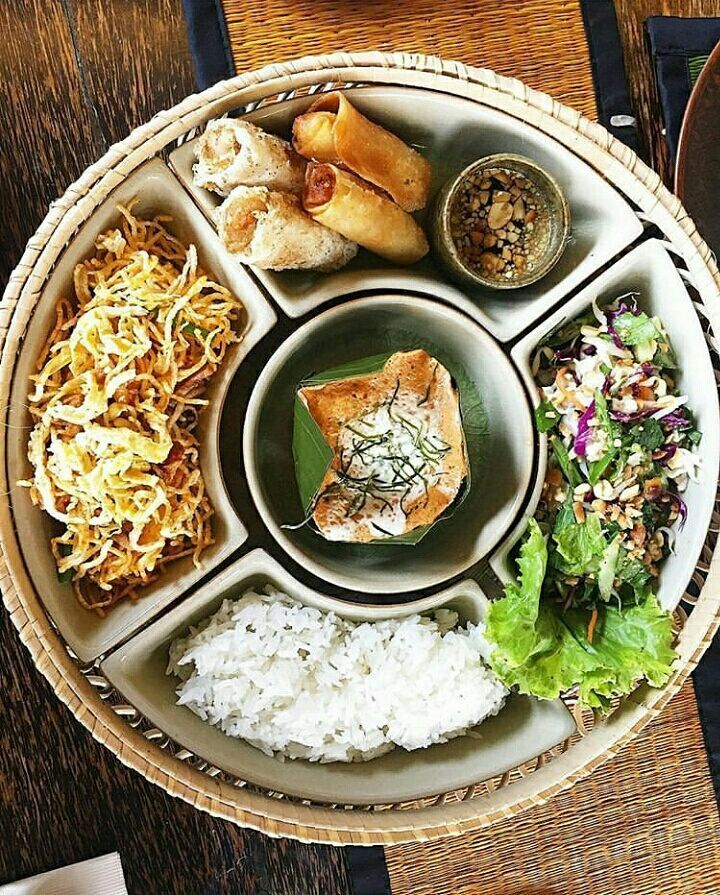 Khmer Cuisine at The Sugar Palm Siem Reap - Fish Amok Fried Noodles Spring Rolls Fish Salad and white rice   Tag someone you'd like to go here with  Photo credit: @ms_nnej    Be sure to follow us @siemreapnet  Tag your best photos #siemreapnet for a chance to be featured   Check out our other accounts:  @cambodiaphotos  @mycitybangkok  #cambodia #siemreap #angkor #bucketlist #picoftheday #photooftheday #wanderlust #travel #travelphotography #pixel_ig #worldtravelpics #trapping_tones…