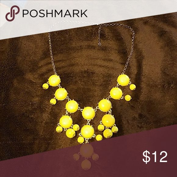 Yellow bubble necklace Excellent condition Jewelry Necklaces
