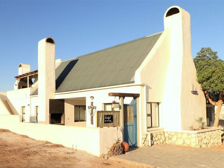 Vasbyt - Vasbyt comprises two charming seaside units: Vasbyt House, and Vasbyt Loft.The well-appointed house has two bedrooms, two bathrooms, open-plan living area, cosy lounge with fireplace, spacious kitchen, ... #weekendgetaways #paternoster #westcoast #southafrica