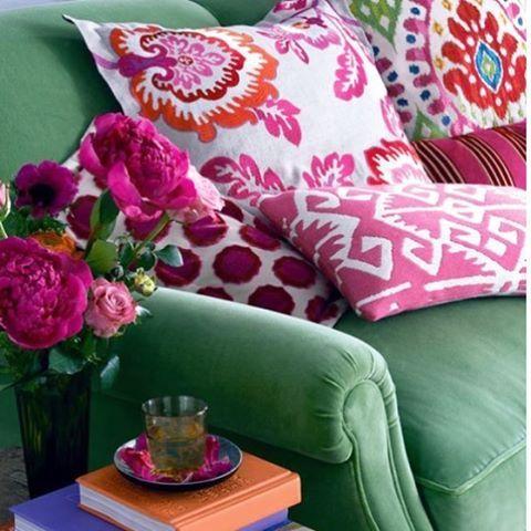 Desejo uma semana cheia de cor!  Bom dia!  #frescurasdatati #cores #maiscorporfavor #coresnadecoracao #decor #collors #flores