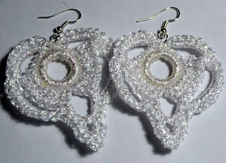 brincos em crochet - crocheted earrings by PatichaCrafts on Etsy