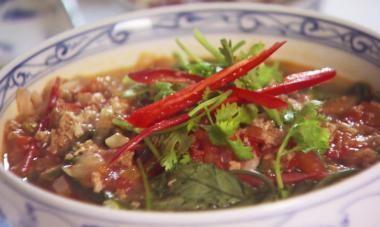 Recept voor vietnamese rijstnoedelsoep | njam!