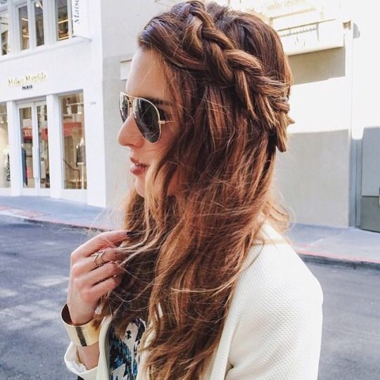 Super stylish Nichole Ciotti wearing the MYLA silver ring. Nichole pairs it with an amazing #braid for the perfect spring ensemble. #hairinspiration