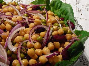 Csicsergő csicseriborós saláta recept