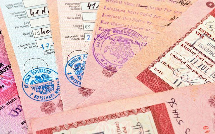 В России число визовых центров увеличится наполовину. Греция планирует в новом сезоне принять как можно больше гостей из стран, не вошедших в список государств Шенгенской зоны. Особенно ждут россиян, и по причине, усложняющей выдачу виз, принято решение увеличить количество центров приема заявлений на их выдачу в Москве и Санкт-Петербурге на 50%! Будут также открываться и…