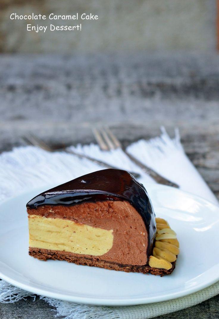Tort cu mousse de ciocolata, cafea si caramel