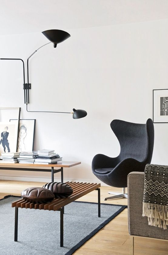 Serge Mouille wall light (ca.1950s) and Arne Jacobsen´s Egg lounge chair. / Japanese Trash
