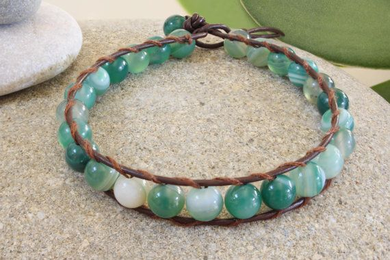This agate (6mm beaded) leather single wrap bracelet with its lively greenish turquoise colours is truely beautiful. Perfect gift for yourself or