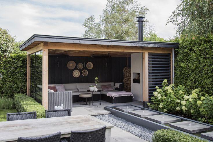 Google Thegardenroom Dieser Grunanlage Aus Robustem Douglas Zwinkert Mir Dieser Douglas Garten In 2020 Garten Pavillon Hinterhof Terrassen Designs Gartenhaus