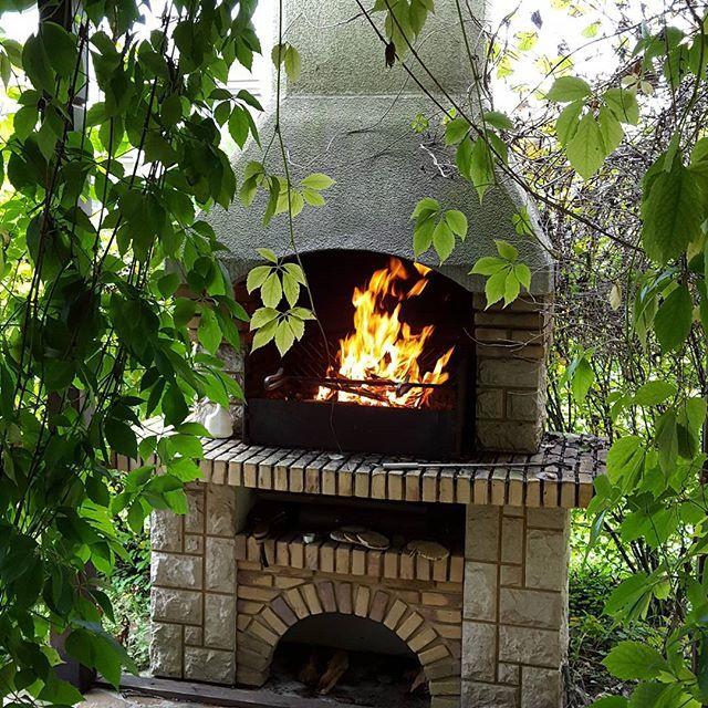 Готовимся к осеннему барбекю. 🍢 🍢 🍢 🍢 🍢 #шашлык #барбекю #осеннеебарбекю #очаг #огонь #🔥 #камин #садовыйкамин #беседка #делаембарбекю #barbecue #bbq #fire #fireplace #dinner #autamndinner #instaautamn #weekend #autamn #🍁 #instaphoto #instadaily #autamnalice