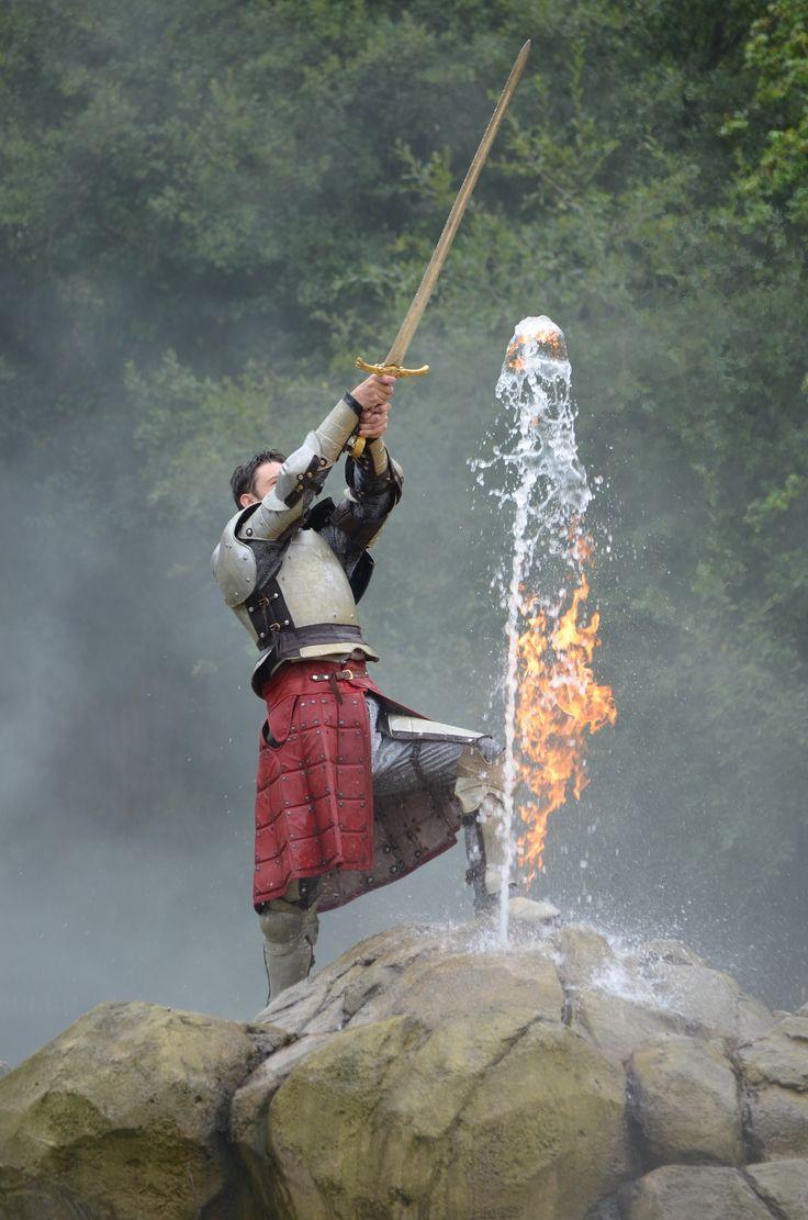148 best l 39 aventure images on pinterest - Les chevalier de la table ronde ...
