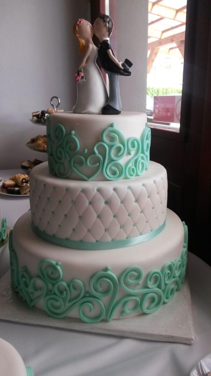 Svatební dort s mintovým zdobením