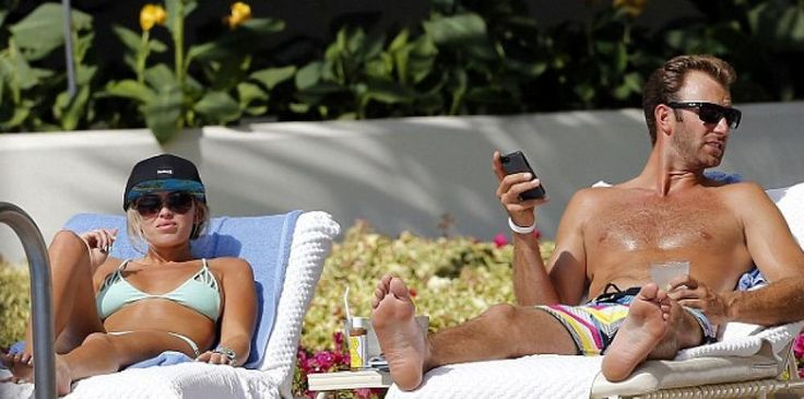 DJ and Paulina hanging out at the beach