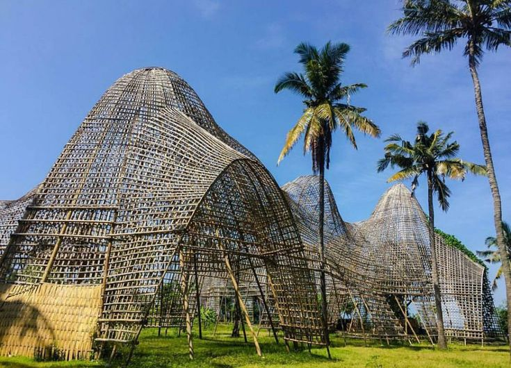 Rumah-Bambu-Pengalon