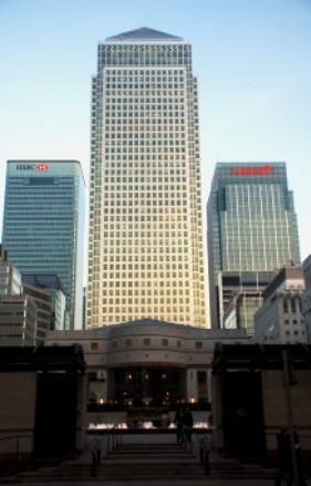 One Canada Square - Cesar Pelli - London, UK