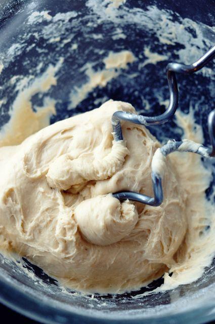 Лёгкость бытия - Дрожжевое тесто для кулебяк и пирогов как в Штолле!