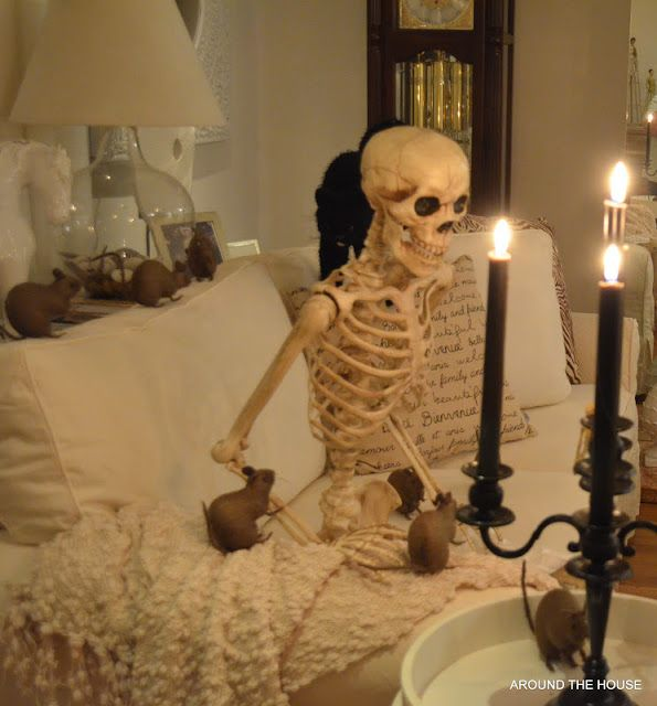 17 Best images about Halloween on Pinterest Halloween art - halloween decorations indoor ideas