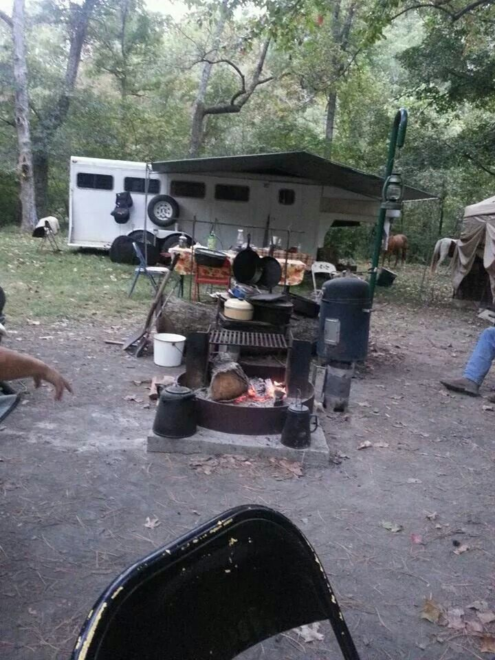 Awning   Horse trailer organization, Horse trailer living ...
