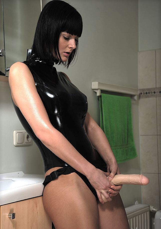 I love face sitting pegging and almost all things femdom