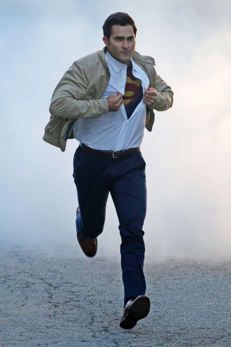 Tyler Hoechlin as Clark Kent / #Superman in #Supergirl #Season2