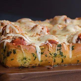 Meatball Stuffed Cheesy Garlic Bread | soyummy